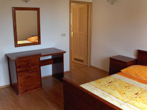 ferienwohnung dolores barbat insel rab kroatien. Black Bedroom Furniture Sets. Home Design Ideas